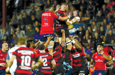 Luke Romano wins another lineout at Lansdowne Park on Saturday night. Photo: Shuttersport.