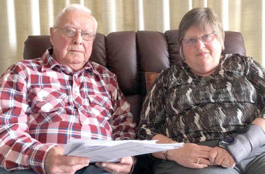 Niel and Margaret Sowry have garnered support for an extraordinary general meeting. Photo: Summa MacDonald.